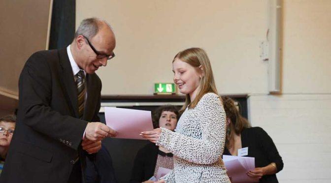 Schreibwettbewerb: Sieger ausgezeichnet